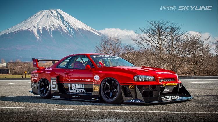 Liberty-Walk-Nissan-Skyline-Super-Silhouette