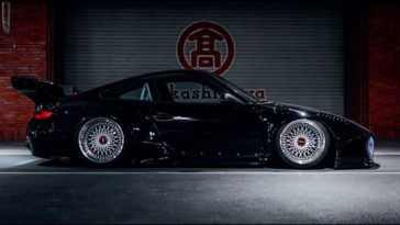 Widebody Porsche 997 Carrera S in Tokyo