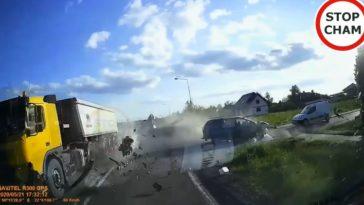 Pool laat zien hoe je een motorblok snel demonteert