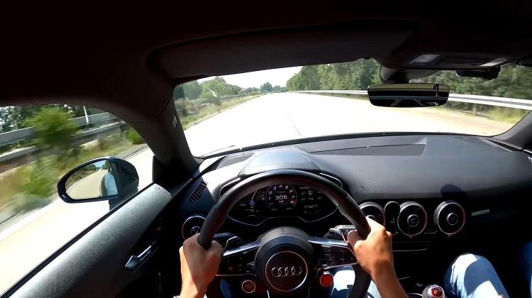 660 pk Audi TT RS klinkt heerlijk op weg naar 305 kmh