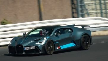 Bugatti Divo hard aan het werk op de Nürburgring Nordschleife