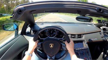 Lamborghini Aventador Roadster doet 312 kmh op Duitse Autobahn