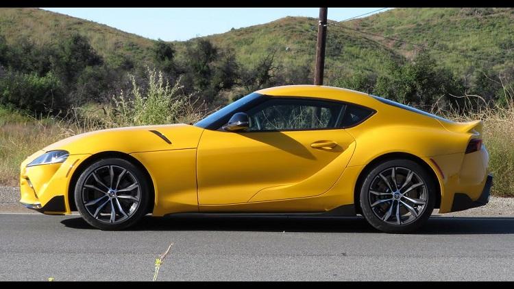 Matt Farah test de viercilinder Toyota Supra