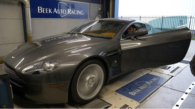Op de Rollenbank - Aston Martin V8 Vantage