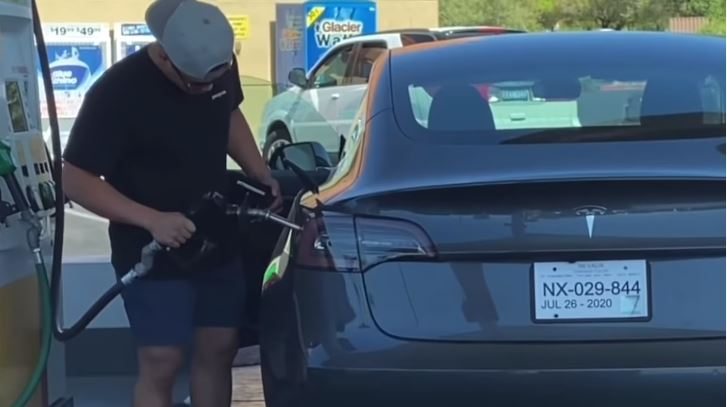 Diesel in een Tesla