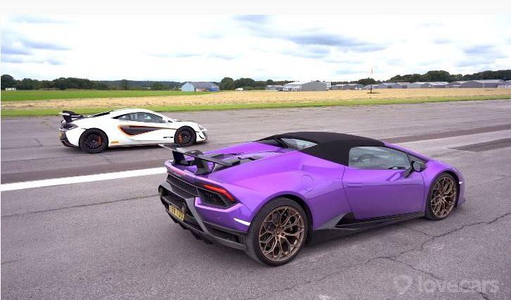 McLaren 620R vs Lamborghini Huracan Performante