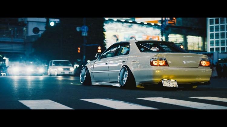 Tokyo Nights met een 180SX, R32, Chaser & Laurel