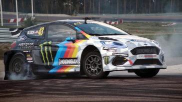 Ken Block in actie met een elektrische rallycross-auto