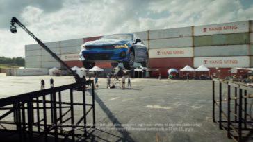 Kia K5 maakt een 360 graden sprong