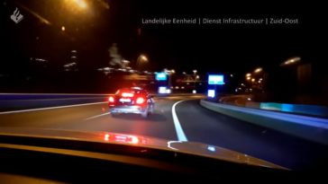 Politie achtervolgt Mercedes E-klasse met 260 kmh
