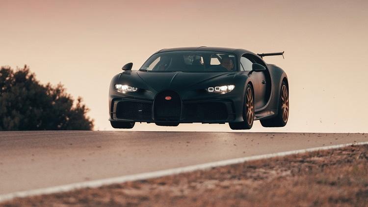 bugatti-chiron-pur-sport-testing