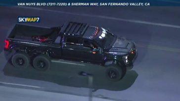 Dief steelt 6x6 Ford Super Duty en slaat op de vlucht