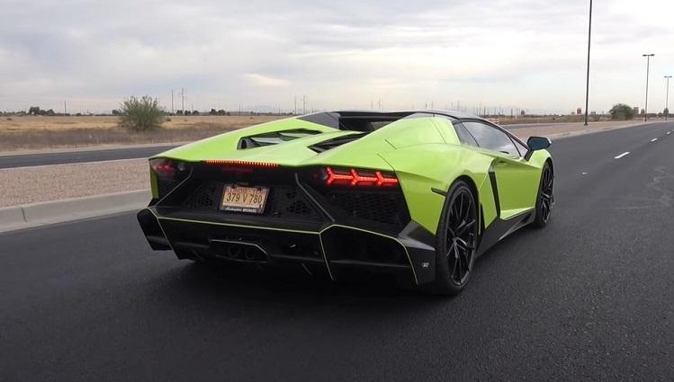 Lamborghini Aventador met Brilliant Exhaust