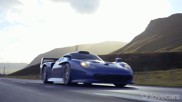 Tiff Needell test Porsche 911 GT1 in Schotland