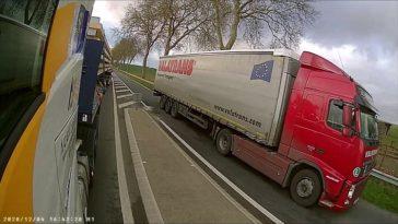 Vrachtwagenchauffeur rijdt tegen verkeer in