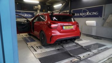 Op de Rollenbank - Mercedes-AMG A45