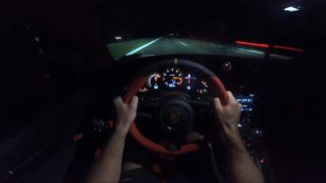 Gercollector trapt zijn getunede 911 GT2 RS naar 363 kmh