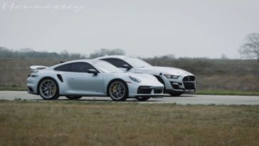 Shelby GT500 vs 992 Turbo S