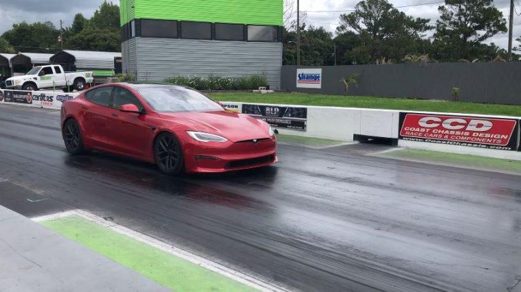 Tesla Model S Plaid is met gemak een 9 sec car