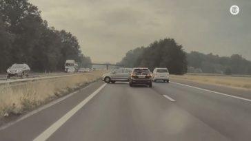 Verkeersruzie op de A30 eindigt met een crash