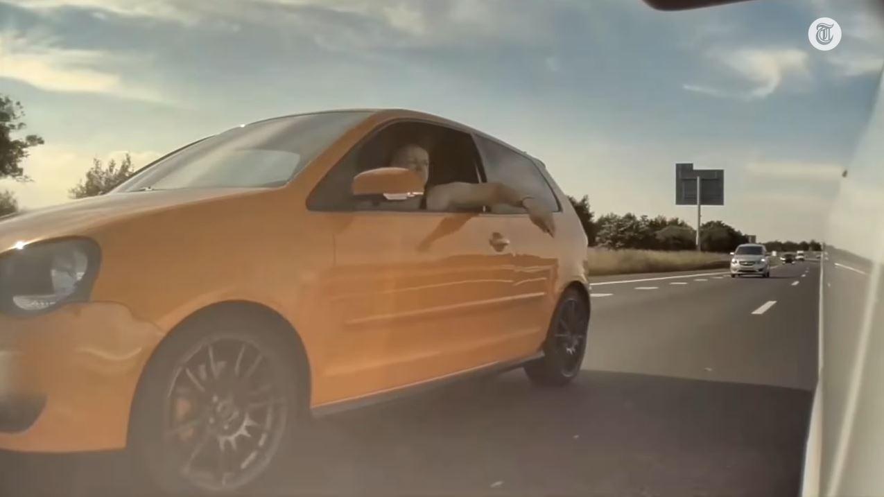 Volkswagen-bestuurder wordt witheet van linksplakker