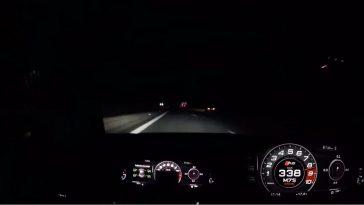820 pk MTM Audi R8 tikt 338 aan in het donker