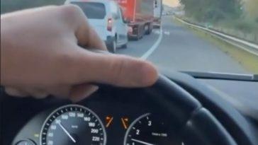 BMW-rijder haalt file in via vluchtstrook