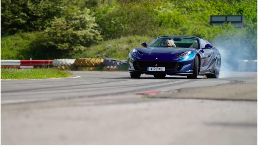 Chris Harris test de Ferrari 812 GTS