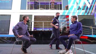 Horner en Ricciardo feliciteren Russell met zijn 'deal'